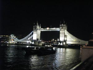 Tower Bridge-© www.webbloggirl.com